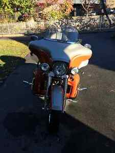 2009 HD FLHTCUSE CVO Ultra Classic Electra Glide REDUCED West Island Greater Montréal image 3