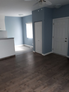Bright and airy, 1 bedroom suite