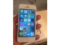 iPhone 5 silver white 16gb unlocked perfect condition