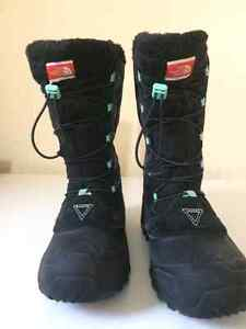 The North Face winter boots Youth size 7