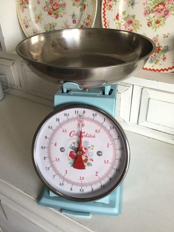 Cath Kidston Kitchen Scales Blue