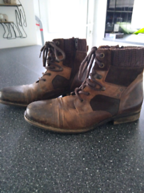 Vintage style mens boots size 7