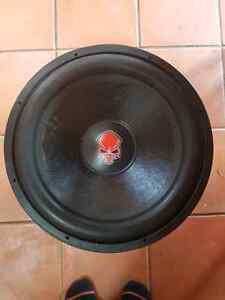 "2000 watt rms 18"" subwoofer and amp"