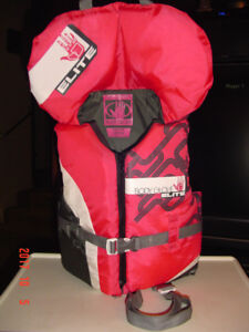 """BODY GLOVE ELITE"" 60 - 90 LBS. PDF YOUTH LIFE JACKET"