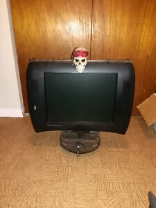 pirates of the Caribbean tv/ computer monitor
