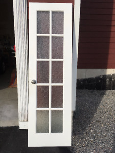 Right Hand Pantry Door (24 inches X 80 inches)