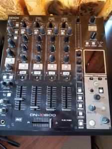 DJ mixer table Denon