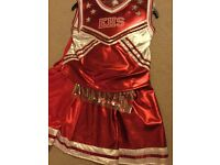 HSM (HIGH SCHOOL MUSICAL) CHEERLEADING OUTFIT WITH POM-POMS