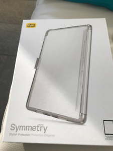 Otterbox Symmetry clear case & Smart Cover