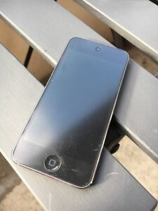 iPod Touch 5th Generation 64GB (ACCEPTED TRADE GO PRO 4)