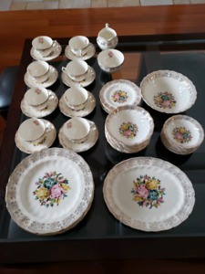 Vintage Fine China- Johnson Brothers- Eldorado C71-60