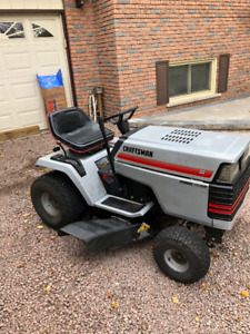For Sale - Craftsmen Lawn Tractor - Great Condition