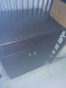 PoS Display Counter, New, On Brake-Wheels with cabinet doors