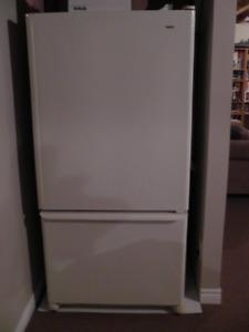 Kenmore Refrigerators with bottom drawer freezer