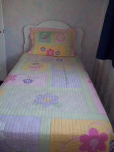 Twin Bed Package Located in Marmora