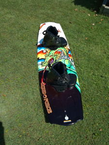 Wakeboard 146 liquid force with boots