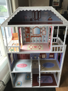 DOLLHOUSE/ shelves