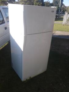 Frost free fridge freezer 540 litres large fully working