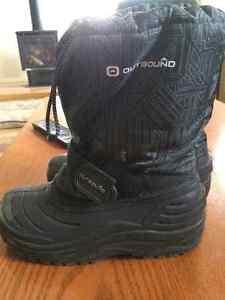boys winter boots Kingston Kingston Area image 1