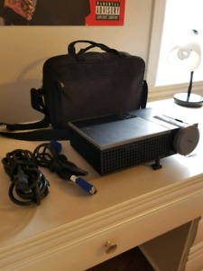 Dell 1610HD DLP Front Projector