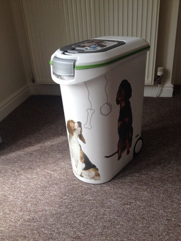 Air tight smell proof dogs food bin 20kg in st ives for Cat proof fish tank