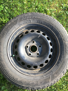4 Goodyear winter tires on rims. 195 / 65 R15
