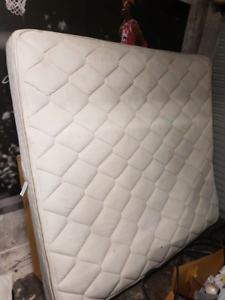 Free king size mattress with 2 single bed bases