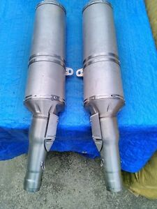 APRILIA RSV1000R 2009 OEM STOCK EXHAUST CANISTERS WITH NO KM Windsor Region Ontario image 1