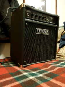 Fender 1x8 Rumble V2 in top condition
