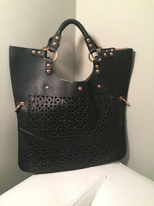 NEW Black Leather Laser Cut Style Purse