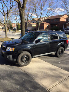 2009 Mazda Tribute SUV - Great Condition, No Accidents, REAL KMs