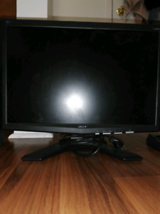 ACER 900p monitor