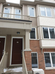 New Townhouse for RENT, 2 Beds, 2.5 Washrooms,Oshawa, Parking
