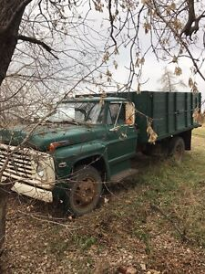 1969 ford 2 ton grain truck