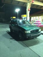 2000 Ford Explorer 4 x 4 Mint Condition!