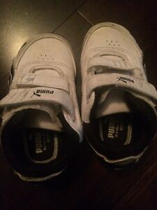 Toddler Puma shoes - size 5