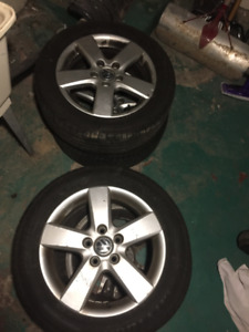 5x112 Tires and Rims From 2009 Volkswagen Jetta