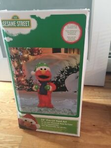 Blow up Christmas lawn Elmo!!