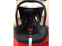 Maxi-Cosi Cabriofix Car seat plus rain cover