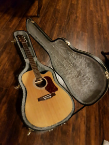 Wensen Acoustic Guitar and Case