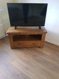 Wooden Corner TV Unit/Stand