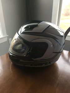 2 GMAX snowmobile helmets (heated visors)