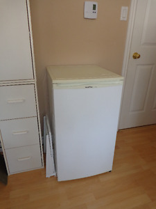 Small refrigerator, for sale