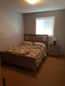 Fully Furnished Bedroom in Airdrie Executive Home!!