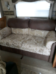 RV COUCH 62 FOLD OUT BED