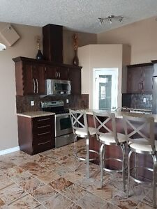 PARTIALLY FURNISHED 2 BEDROOM SUITE IN QUIET ADULT BUILDING