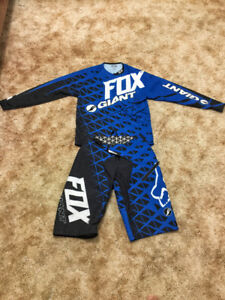 DH Fox Jersey and Shorts