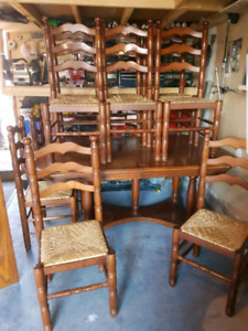 Solid Wood Dinette Set/Dinner Table 10 Chairs