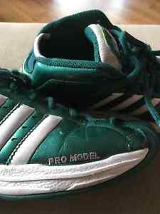Adidas Pro Model - Size 7 Mens - Celtic Green Patent Leather Prince George British Columbia image 3