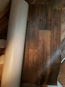 Lenolium floor